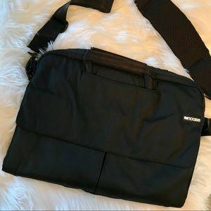 Incase Laptop Bag 💻